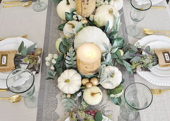 Easy 5 Star Thanksgiving Tablescapes