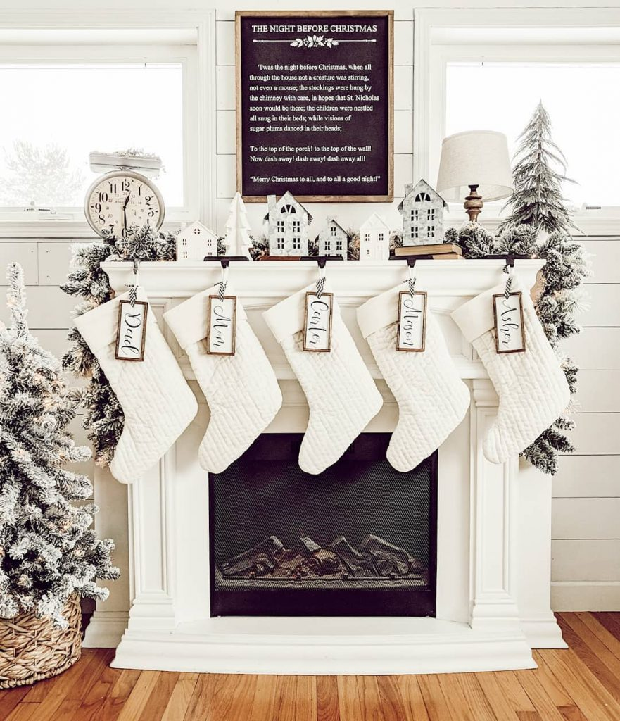 holiday-winter-mantel