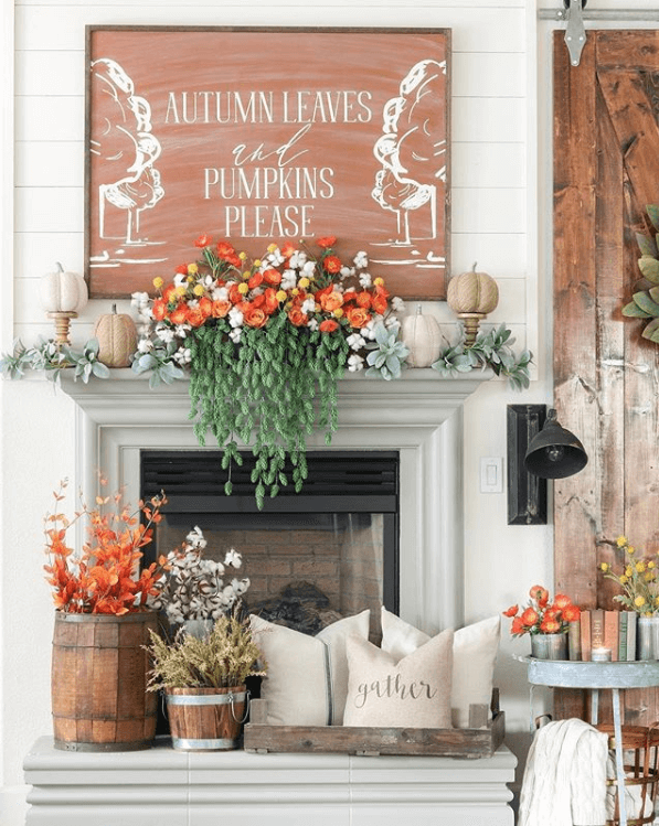 fall-home-decor-sign-mantle