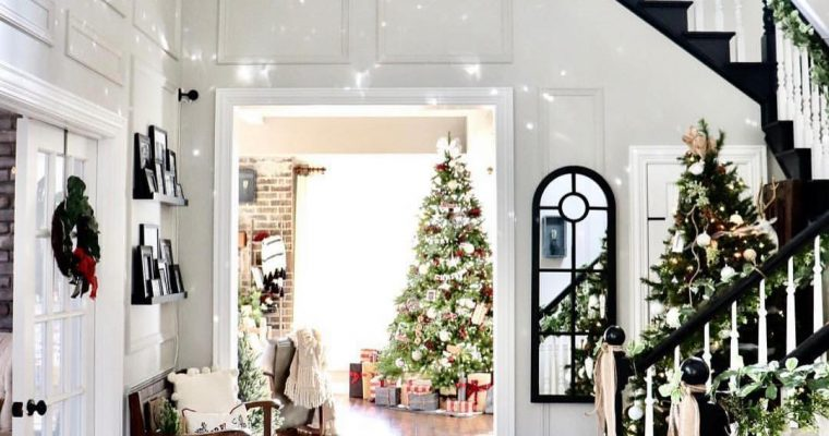 9 Indoor Christmas Decorations To Give Your Home That Holiday Spirit