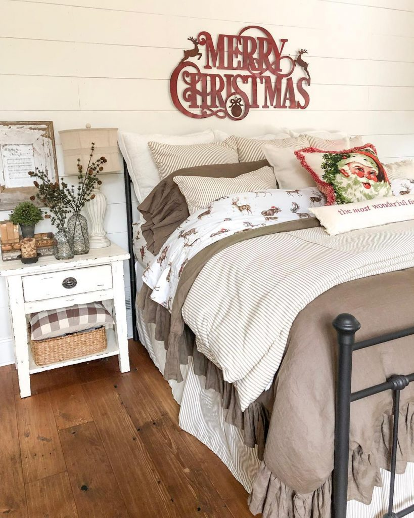 christmas-sign-in-bedroom