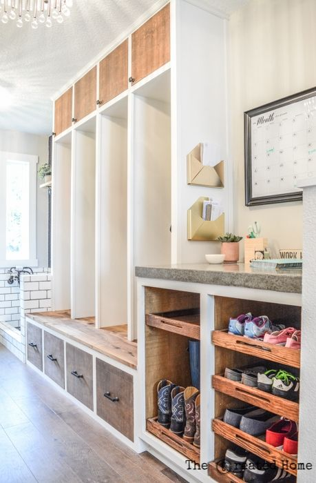 Mudroom with shoe rack