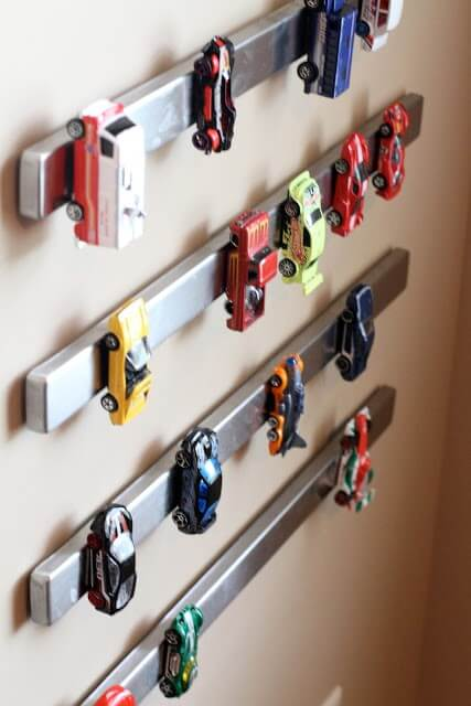 toy-car-storage-magnets-declutter