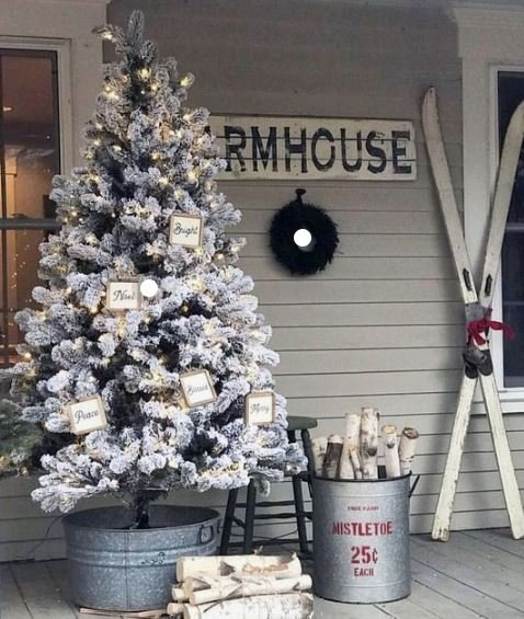 white-christmas-tree-porch