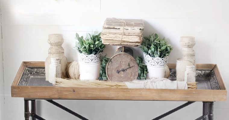 How To Decorate Your Entryway Table Like A Professional