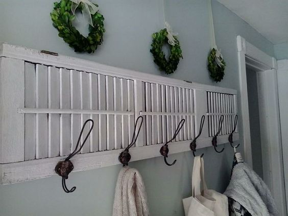 Shutter with Hooks Wall Decor
