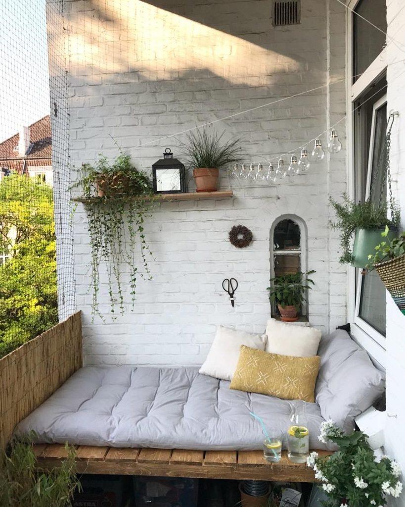 cozy-balcony