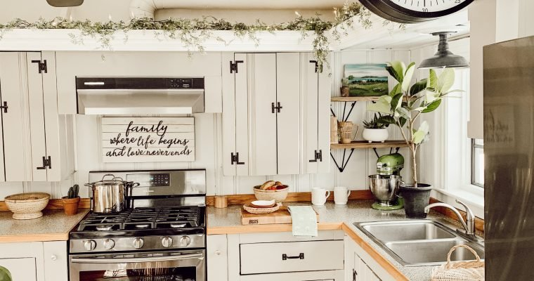 Whipping up a Small Kitchen